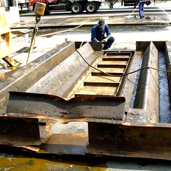 Cleaning Dock Leveler